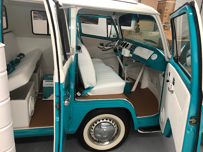 VW Bus Truck
